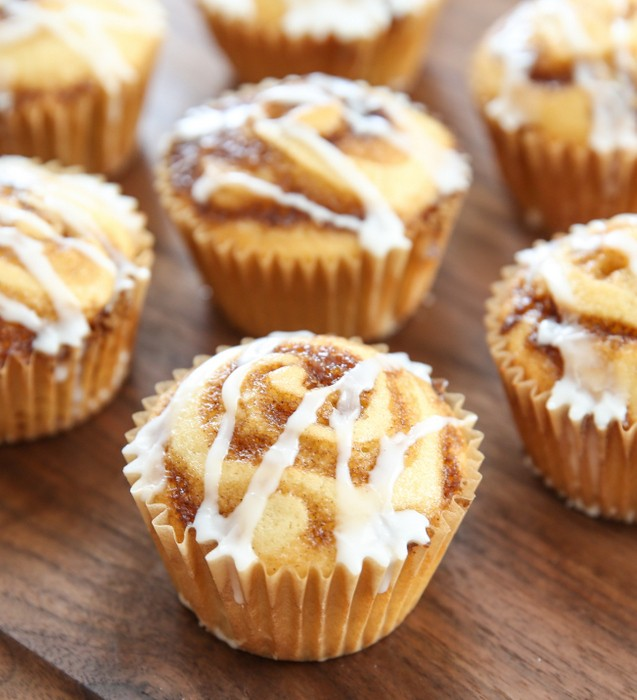 cinnamon roll muffin recipe