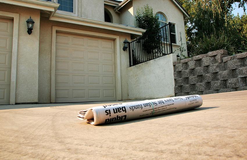 Mika - Newspaper Driveway
